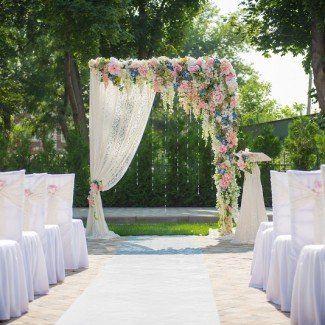 Оригинальное цветочное оформление свадьбы