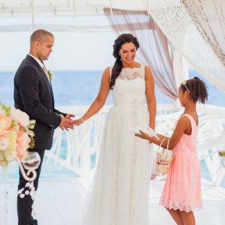 свадебная церемония на море - Лав Стори