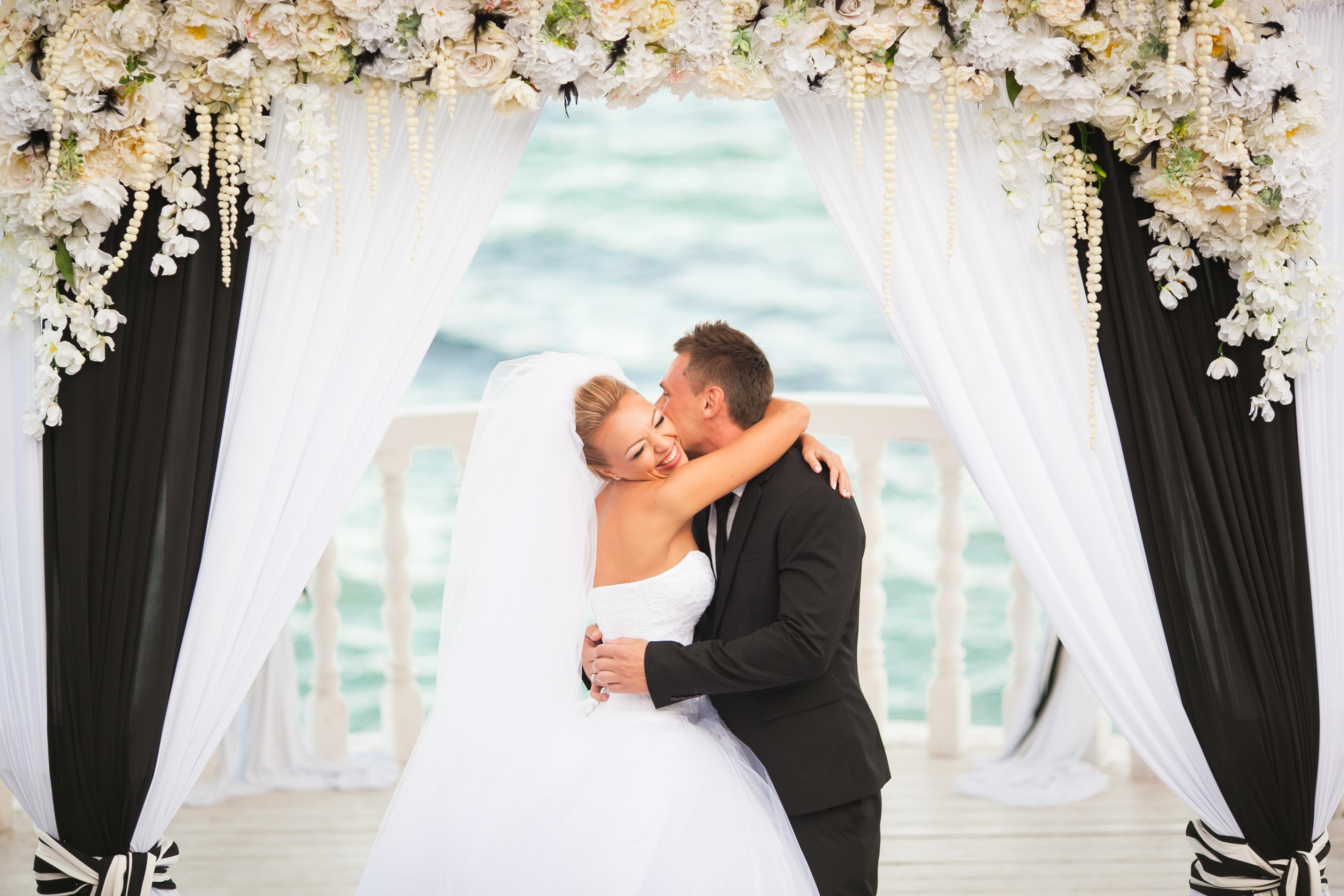выездная свадебная церемония - студия стильных свадеб Love Story