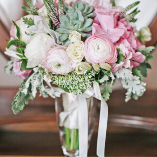 свадебные букеты из роз - Лав Стори